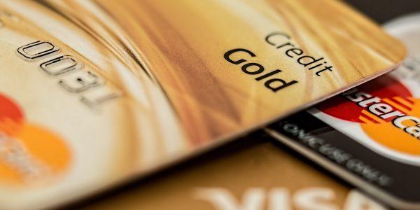 Bezahle so wenig wie möglich mit deiner Kreditkarte