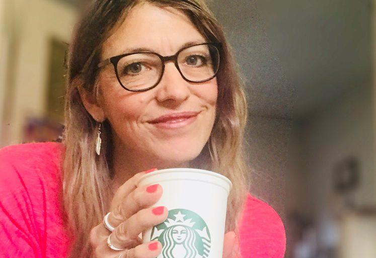 Geld Sparen mit dem Starbucks Becher